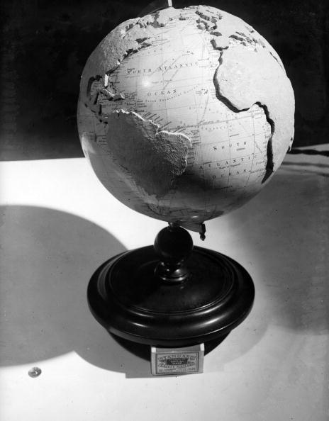 Globe - Navigational Equipment「Globe Relief」:写真・画像(17)[壁紙.com]