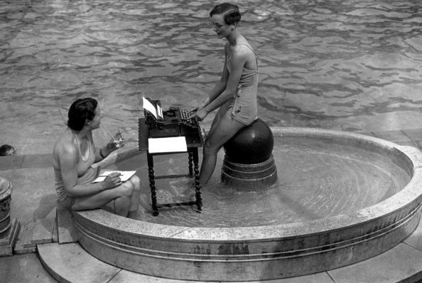 Typewriter「Bath Typing」:写真・画像(13)[壁紙.com]