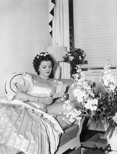 Message「Myrna Loy」:写真・画像(18)[壁紙.com]