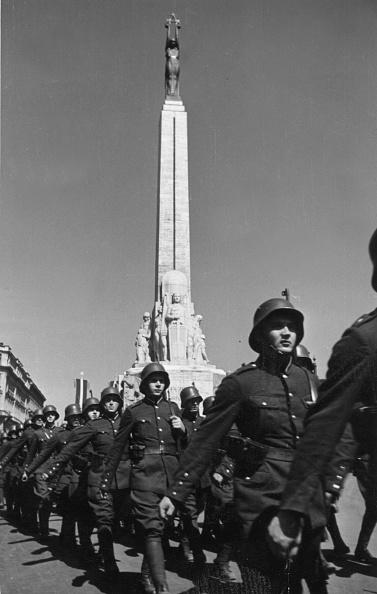 20th Century「Latvian March Past」:写真・画像(16)[壁紙.com]