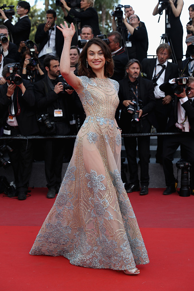 女優「'The Meyerowitz Stories' Red Carpet Arrivals - The 70th Annual Cannes Film Festival」:写真・画像(7)[壁紙.com]