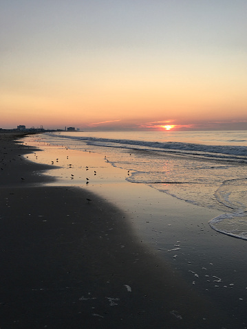 波「Sunrise and Surf on The Jersey Shore」:スマホ壁紙(2)
