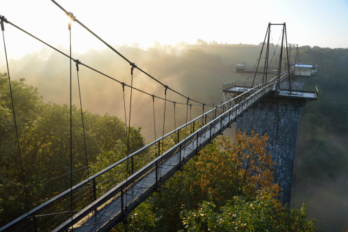 エクストリームスポーツ「Sunrise and mist on Viaduc de la Souleuvre」:スマホ壁紙(4)