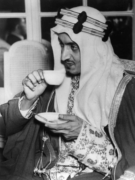 Receipt「Prinz Amir Faisal von Saudi Arabien beim Empfang der Palästina Konferenz」:写真・画像(5)[壁紙.com]