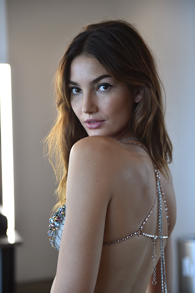 Victoria's Secret Fantasy Bra「Victoria's Secret Fantasy Bra Campaign Behind-The-Scenes With Lily Aldridge」:写真・画像(1)[壁紙.com]
