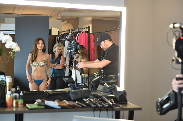 Victoria's Secret Fantasy Bra「Victoria's Secret Fantasy Bra Campaign Behind-The-Scenes With Lily Aldridge」:写真・画像(19)[壁紙.com]