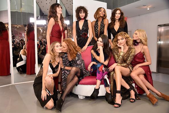ニューヨークファッションウィーク「Diane Von Furstenberg - Presentation - Fall 2016 New York Fashion Week」:写真・画像(10)[壁紙.com]