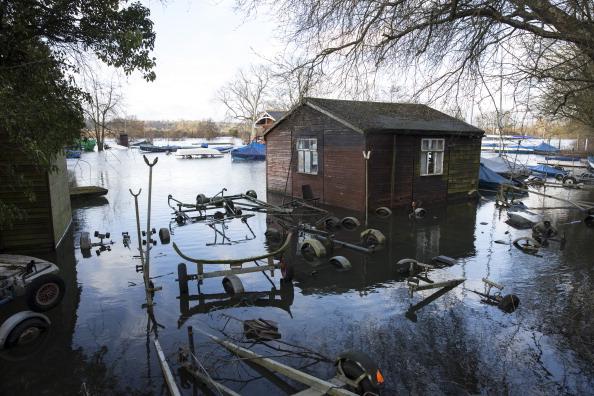 Oli Scarff「Flood Misery Continues As Heavy Rain Hits The UK」:写真・画像(4)[壁紙.com]