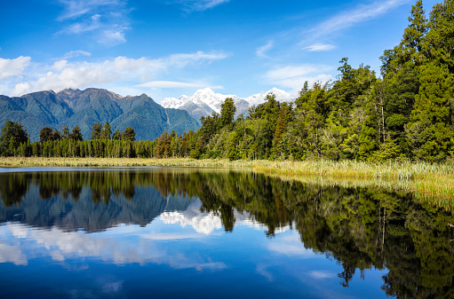 South Westland「Lake Matheson And New Zealand's Southern Alps」:スマホ壁紙(1)