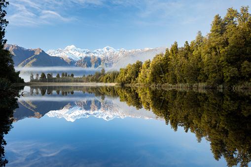 Wilderness Area「Lake Matheson misty morning, New Zealand」:スマホ壁紙(8)