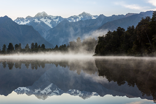 Fox Glacier「Lake Matheson Nature Panorama at Sunrise, New Zealand」:スマホ壁紙(13)