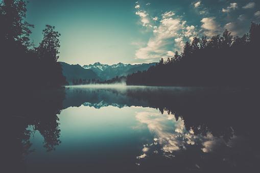 Fox Glacier「Lake Matheson Nature Panorama at Sunrise, New Zealand」:スマホ壁紙(11)
