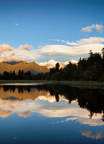 Mount Tasman「Lake Matheson, On New Zealand's South Island」:スマホ壁紙(14)