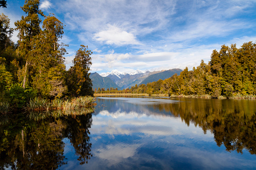 Mount Tasman「Lake Matheson, On New Zealand's South Island」:スマホ壁紙(9)