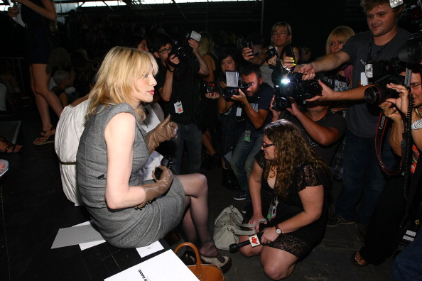 Spring Collection「Alexander Wang - Front Row - Spring 2012 Mercedes-Benz Fashion Week」:写真・画像(6)[壁紙.com]