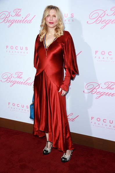 コートニー・ラブ「Premiere Of Focus Features' 'The Beguiled' - Arrivals」:写真・画像(0)[壁紙.com]