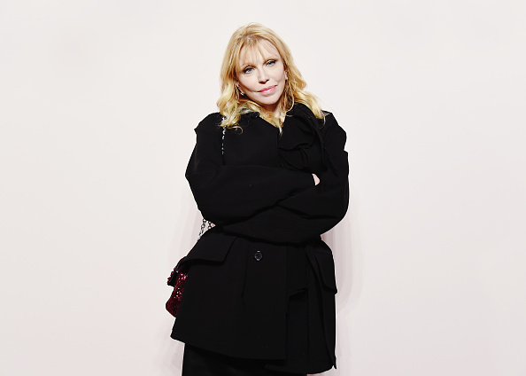 Courtney Love「Tom Ford FW 2019 - Arrivals - New York Fashion Week: The Shows」:写真・画像(5)[壁紙.com]