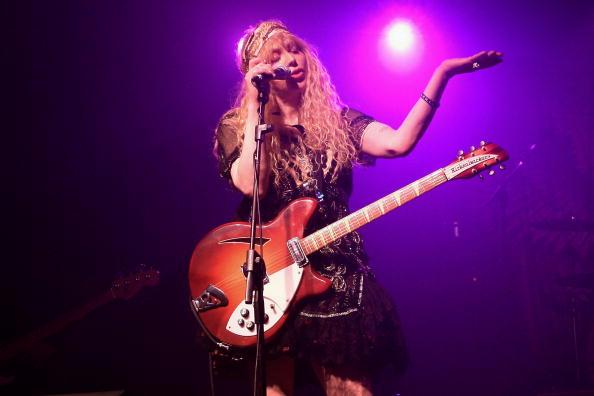 Courtney Love「Hole Perform In Milan」:写真・画像(10)[壁紙.com]