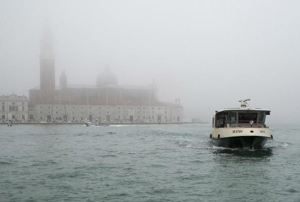 San Marco Quarter「First Fog Of Autumn Rise In Venice」:写真・画像(13)[壁紙.com]