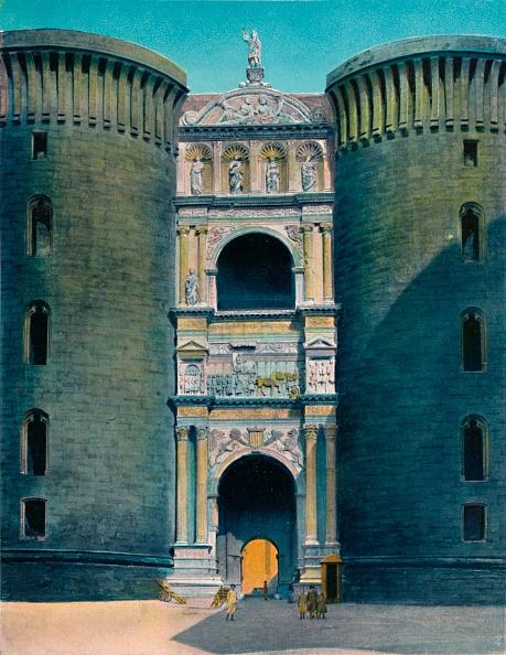 Ornate「Napoli - Castel Nuovo」:写真・画像(2)[壁紙.com]