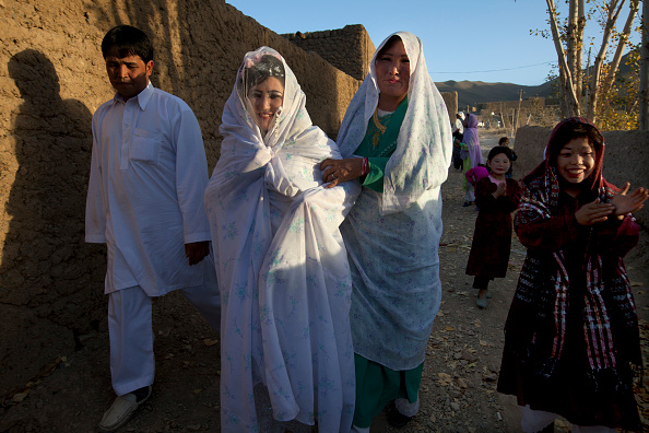 Kabul「AFG:From The Afghan Beauty Parlor To Wedding」:写真・画像(14)[壁紙.com]