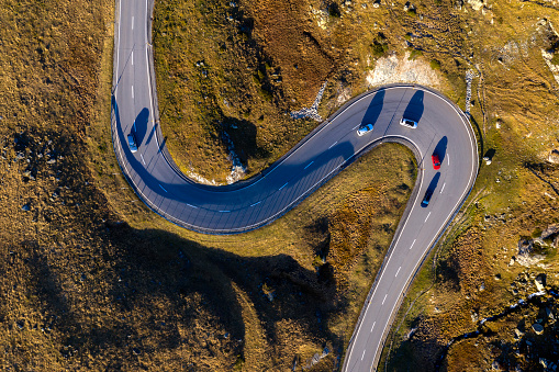 Hairpin Curve「Winding Mountain Road, Swiss Alps, Aerial View」:スマホ壁紙(10)