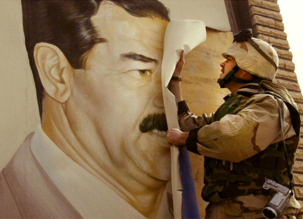 Iraq「U.S. Forces Move Through Southern Iraq 」:写真・画像(11)[壁紙.com]