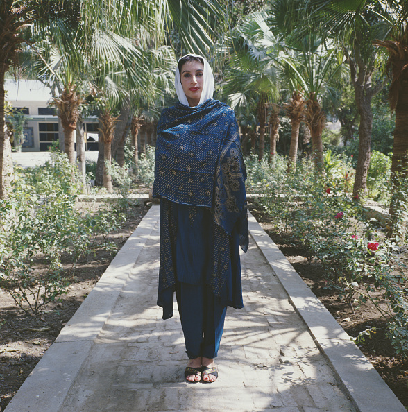 Flowerbed「Benazir Bhutto」:写真・画像(16)[壁紙.com]