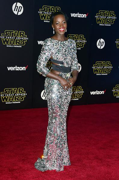 """スター・ウォーズ・シリーズ「Premiere Of Walt Disney Pictures And Lucasfilm's """"Star Wars: The Force Awakens"""" - Arrivals」:写真・画像(8)[壁紙.com]"""