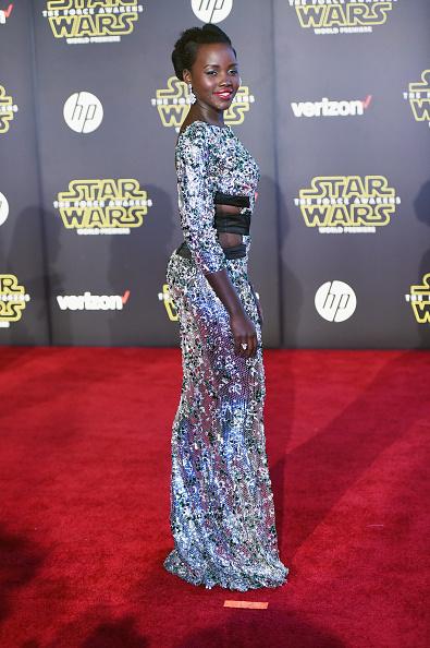 """スター・ウォーズ・シリーズ「Premiere Of Walt Disney Pictures And Lucasfilm's """"Star Wars: The Force Awakens"""" - Arrivals」:写真・画像(7)[壁紙.com]"""