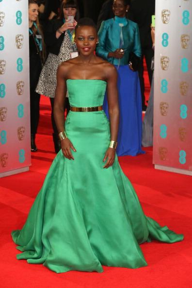 Cuff Bracelet「EE British Academy Film Awards 2014 - Red Carpet Arrivals」:写真・画像(0)[壁紙.com]