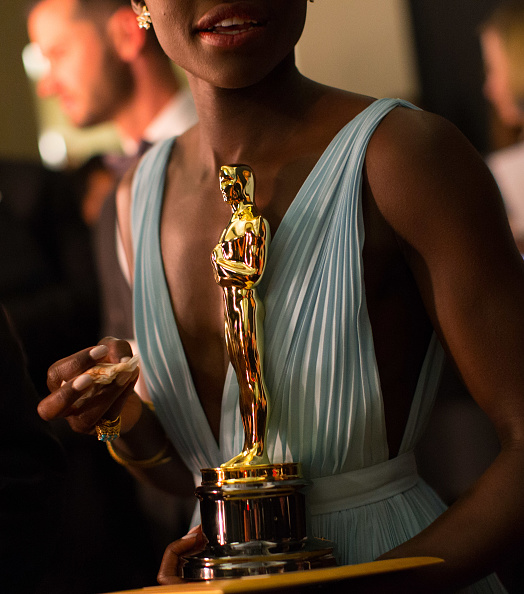 Best supporting actress prize「86th Annual Academy Awards - Backstage」:写真・画像(8)[壁紙.com]