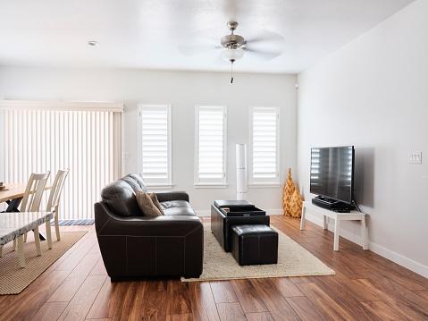 Ceiling Fan「Modern Open Concept Home Interior」:スマホ壁紙(10)