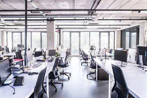 Blank「Modern open-plan office」:スマホ壁紙(19)