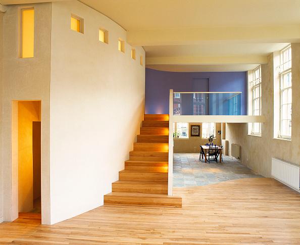 Open Plan「Modern open plan split-level loft apartment. Designed and built by modernarc.」:写真・画像(17)[壁紙.com]