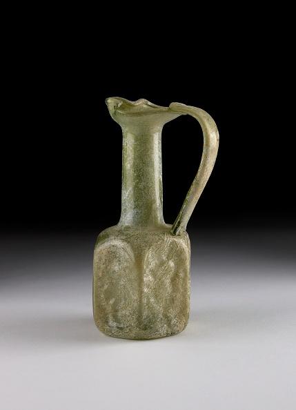 Handle「Glass Juglet」:写真・画像(13)[壁紙.com]
