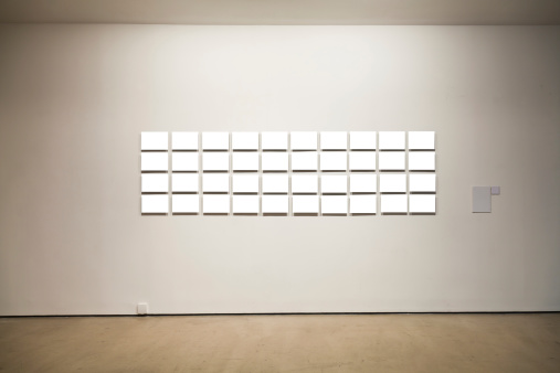 Exhibition「Group of blank frames on the wall at art gallery」:スマホ壁紙(3)