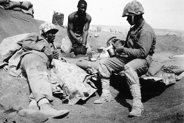 Army Soldier「Black US Marines At Iwo Jima 」:写真・画像(0)[壁紙.com]