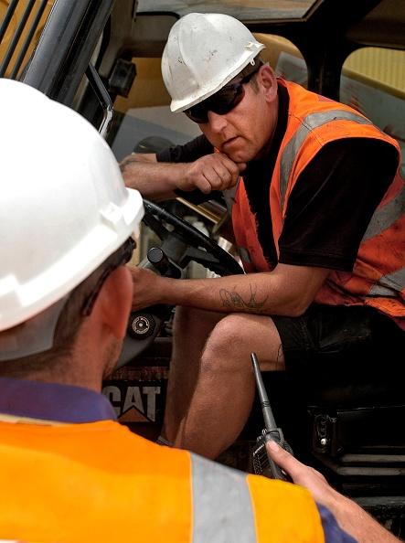 Mid Adult Men「Forklift truck driver on construction site, London, UK」:写真・画像(11)[壁紙.com]