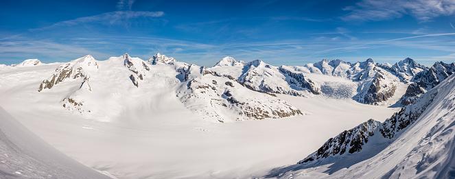 スノーボード「アレッチ氷河のパノラマ」:スマホ壁紙(4)
