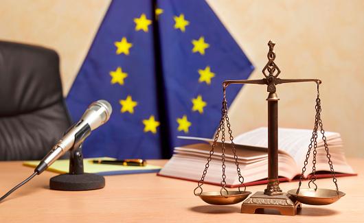 Brexit「Recess time in European Court」:スマホ壁紙(0)