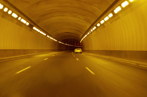 Dividing Line - Road Marking「Cars travelling through tunnel, rear view」:スマホ壁紙(0)