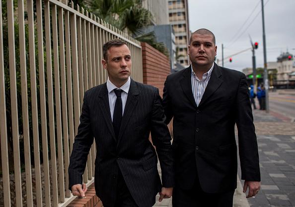 Oscar Pistorius「Oscar Pistorius Attends A Fresh Sentencing Hearing In Reeva Steenkamp Murder」:写真・画像(18)[壁紙.com]