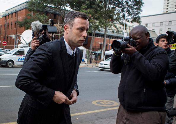 Oscar Pistorius「Oscar Pistorius Attends A Fresh Sentencing Hearing In Reeva Steenkamp Murder」:写真・画像(15)[壁紙.com]