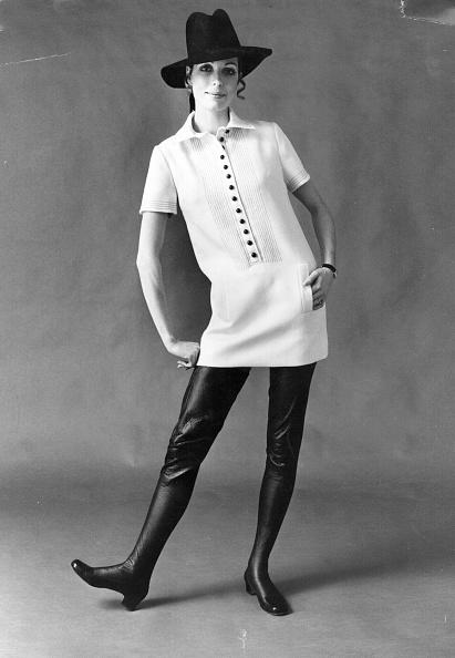 ボタン「Mini Dress」:写真・画像(7)[壁紙.com]