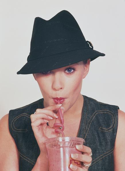 2002「Rosie Ribbons」:写真・画像(0)[壁紙.com]
