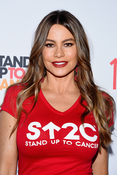 Sofia Vergara「Stand Up To Cancer Marks 10 Years Of Impact In Cancer Research At Biennial Telecast - Arrivals」:写真・画像(10)[壁紙.com]