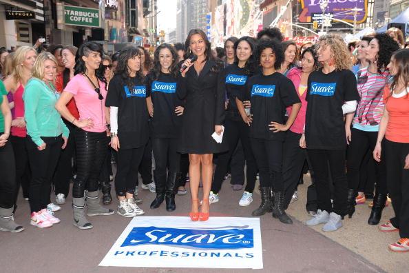 Suave「Sofia Vergara Joins Suave Professionals For Surprising New York Performance」:写真・画像(13)[壁紙.com]