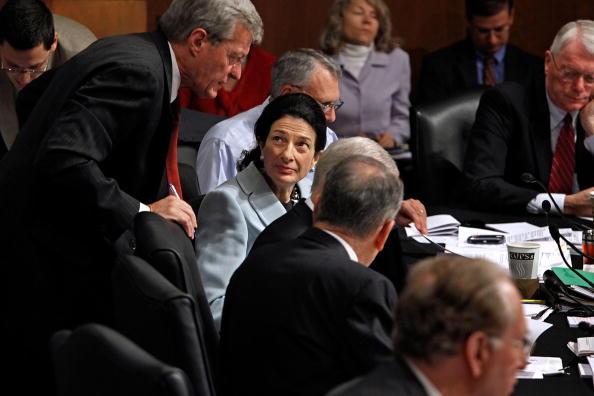 Support「Senate Finance Committee Votes On Health Care Reform Plan」:写真・画像(19)[壁紙.com]