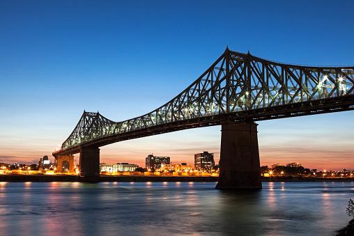 St「Canada, Quebec, Montreal, St. Helens Island, Illuminated Jacques Cartier Bridge against sky」:スマホ壁紙(13)